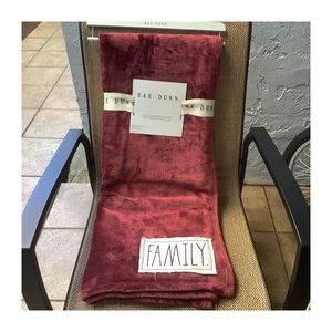 Rae Dunn Plush Throw with Patch FAMILY Brand New